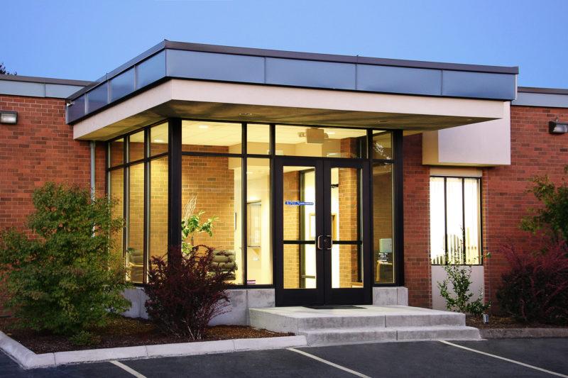 Eugene association of realtors nir pearlson architect for Residential architects eugene oregon